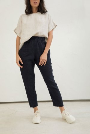 5-elizabeth-suzann-product-signature-clyde-work-pant-midweight-linen-navy-lo-res_1024x1024
